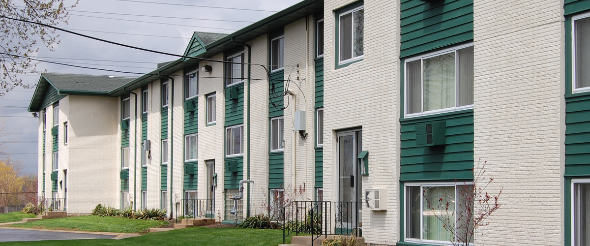 Pine Meadows Apartments - Joliet IL